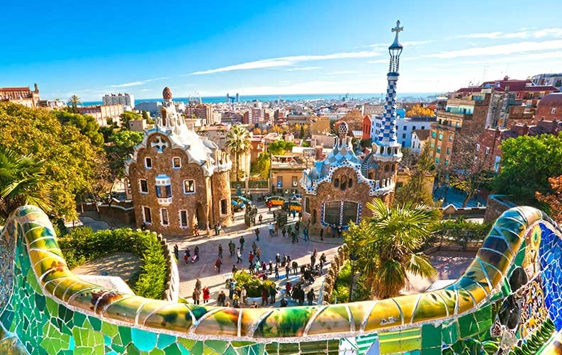 Visit Barcelona with cheap flights from Canada