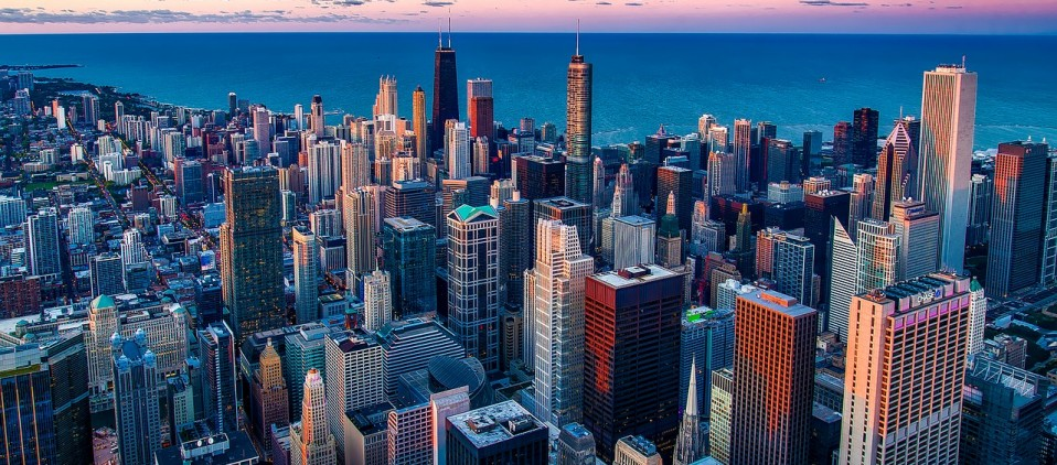 Visit Chicago with cheap flights from Canada
