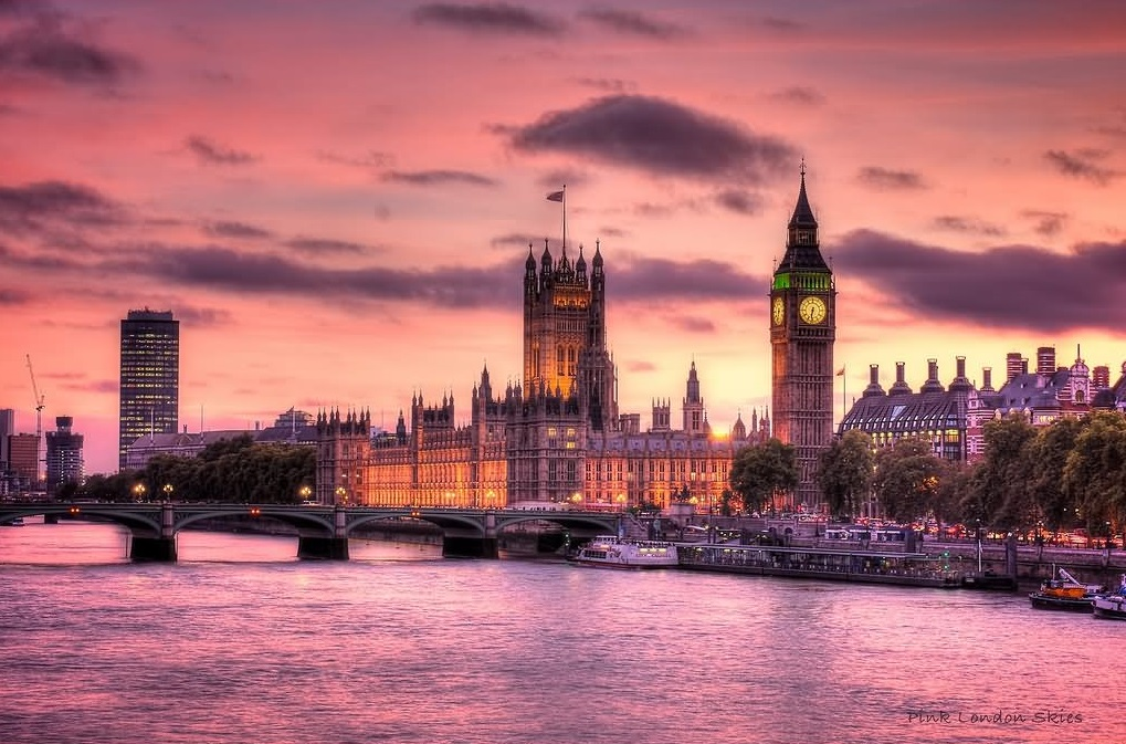 Visit London with cheap flights from Canada